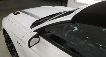 2016-Mustang-Hood-Turn-Signals