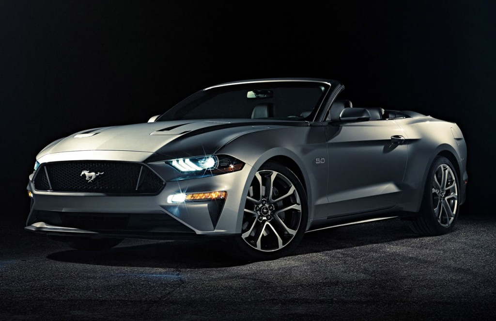 2018-Ford-Mustang-Convertible-Ingot-Silver
