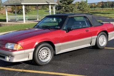 1990 Ford 25th Anniversary Mustang