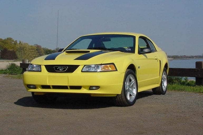 2000 Ford Mustang GT Spring Feature