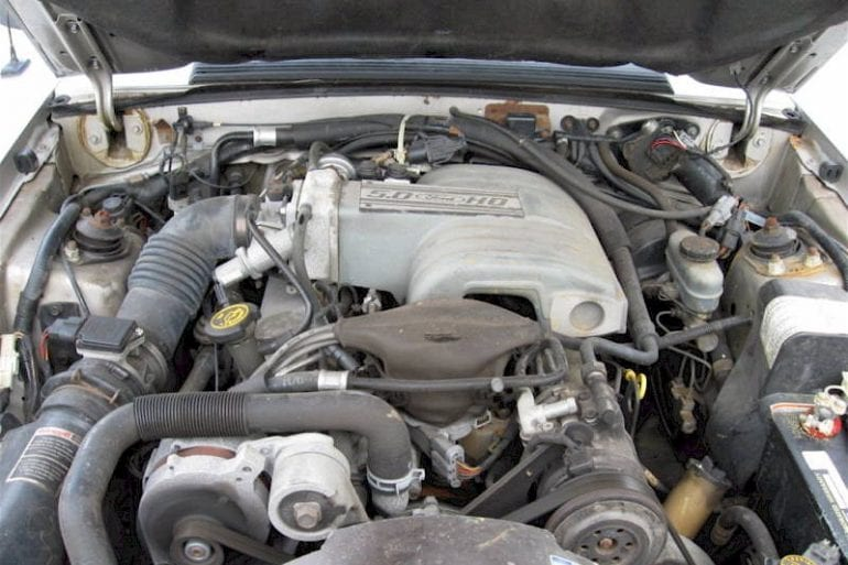 1990 Mustang 5.0 engine