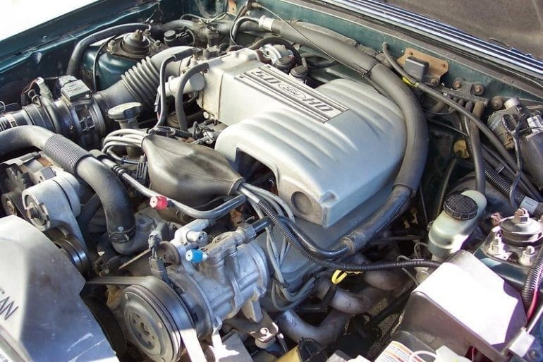 1991 Mustang 5.0 engine