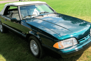 1990 Ford Spring Feature 25th Anniversary 7-Up Convertible