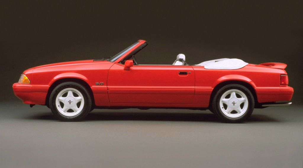 """1992 Ford Mustang """"Summer Special"""" LX 5.0L Convertible"""