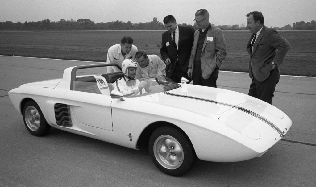 1962-Ford-Mustang-I-Concept-2