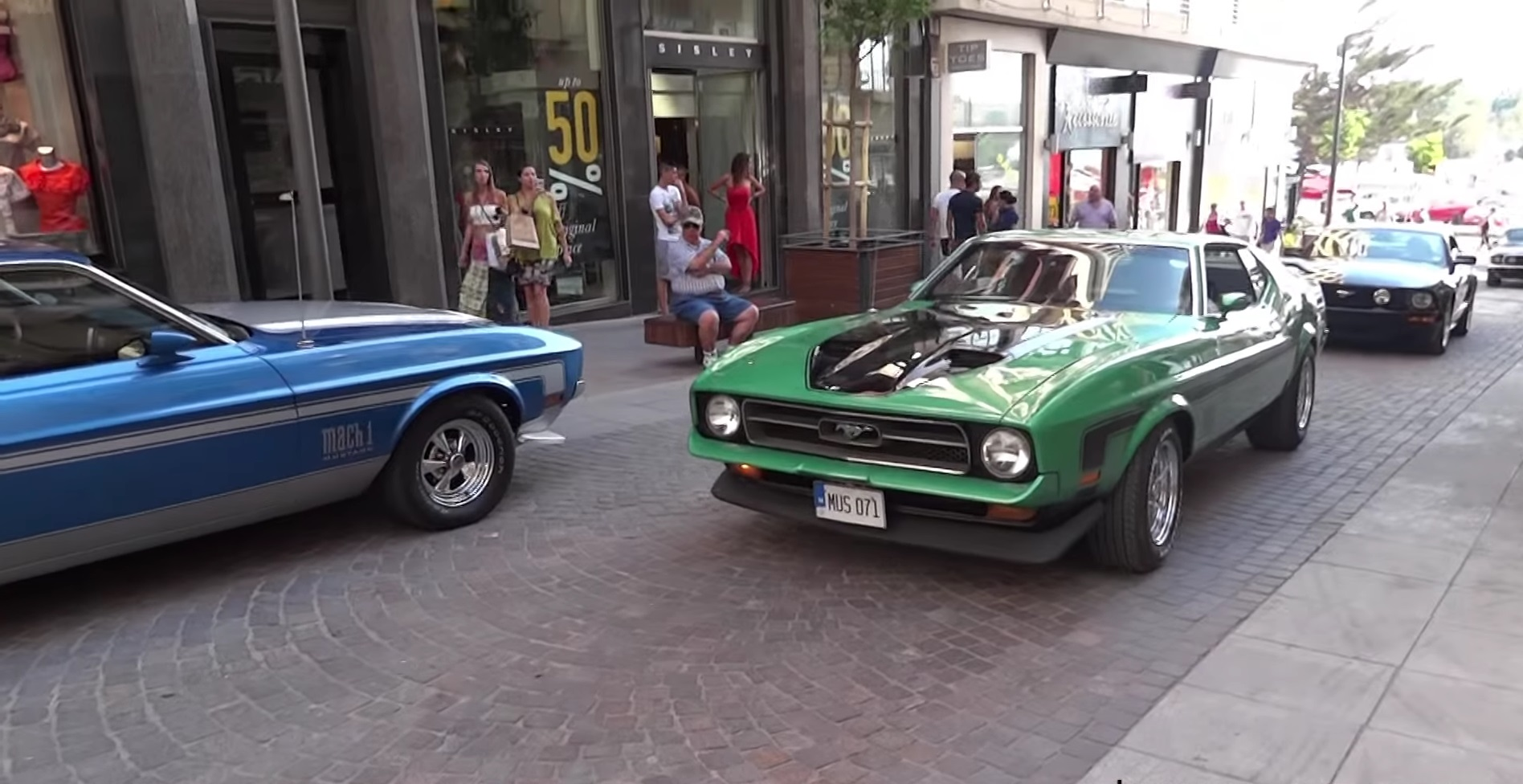 Video: 1971 Ford Mustang Mach 1 Pure Engine Sound