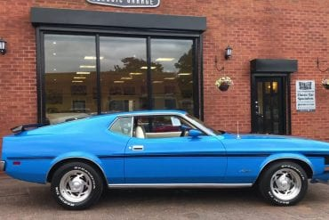 Video: 1972 Ford Mustang 302 V8 Fastback Quick Walkaround