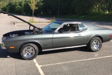 Video: 1972 Ford Mustang Grande Walkaround
