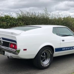 Video: 1972 Ford Mustang 351 Mach 1 Fastback Crazy Revs & Acceleration