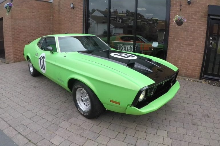 Video: 1973 Ford Mustang Mach 1 Incredible Engine Sounds +Crazy Accelerations