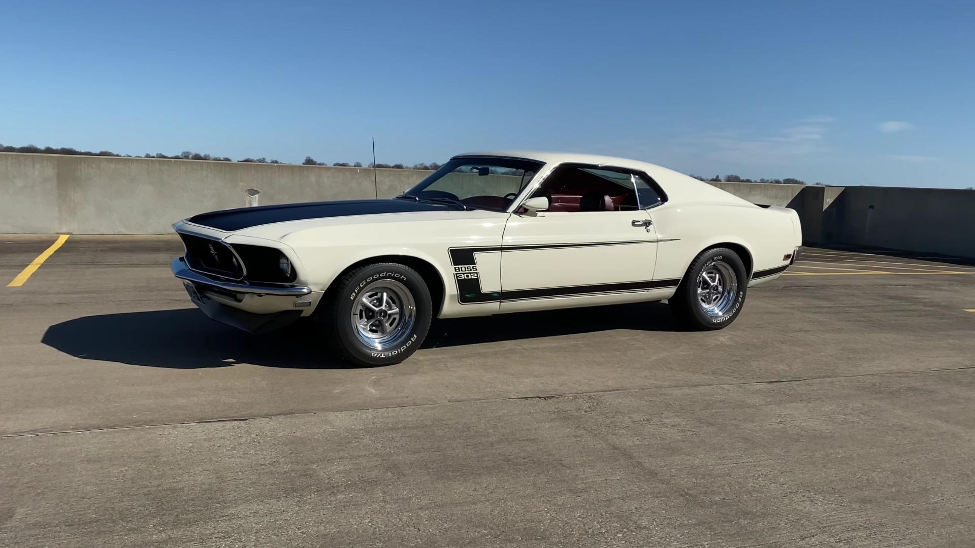 1969 Mustang Boss 302 Test Drive