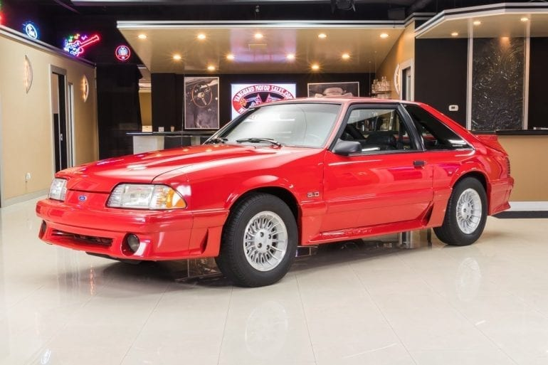 Video: 1990 Ford Mustang GT In-Depth Tour