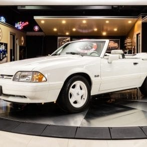 Video: 1993 Ford Mustang Convertible In-Depth Tour