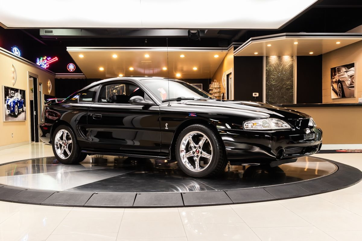 Video: 1997 Ford Mustang In-Depth Tour