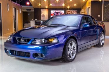 Video: 2004 Ford Mustang Mystic Chrome In-Depth Tour