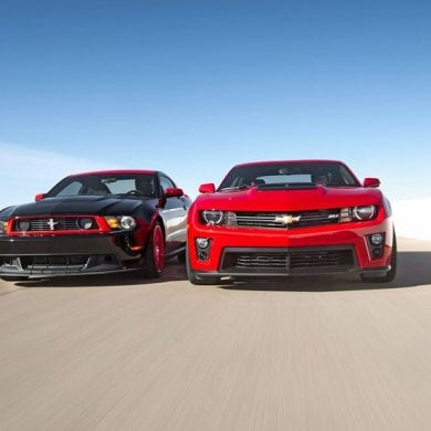 Video: 2013 Ford Mustang Boss Laguna Seca 302 vs Chevrolet Camaro ZL1 - Head 2 Head