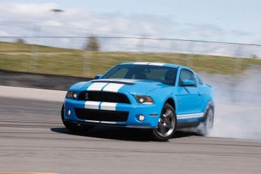 Video: Testing The 2010 Ford Mustang Shelby GT500