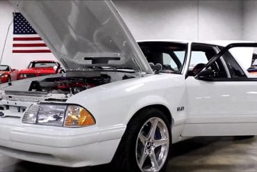 Video: White 1991 Ford Mustang Quick Walkaround