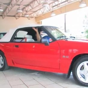 Video: 1992 Ford Mustang Convertible Walkthrough + Test Drive