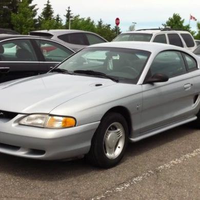 Video: 1994 Ford Mustang V6 Coupe In-Depth Tour