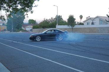 Video: 1995 Ford Mustang SVT Cobra Doing Some Burnouts & Donuts