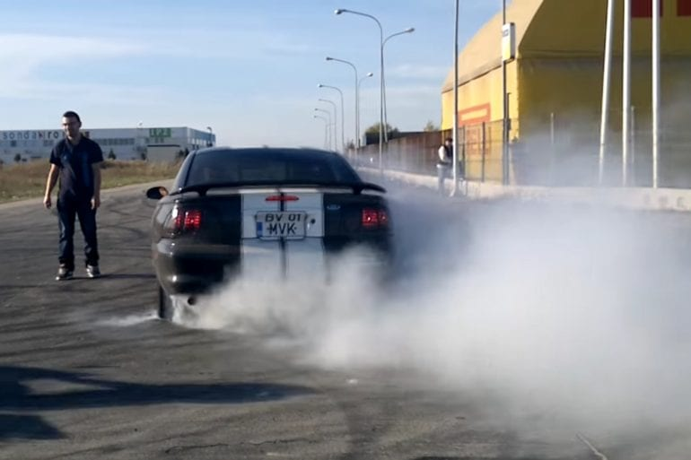 Video: 1997 Ford Mustang Burnouts + Drag Race