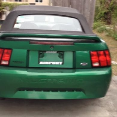 Video: 2000 Ford Mustang V6 Full Tour