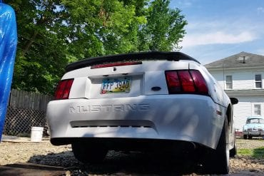 Video: 2001 Ford Mustang V8 Exhaust Sound