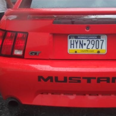 Video: Learning How To Drive In A 2001 Ford Mustang GT