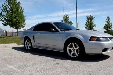 Video: What It's Like To Drive A 2001 Ford Mustang SVT Cobra