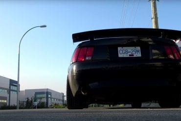 Video: 2002 Ford Mustang GT Walkthrough