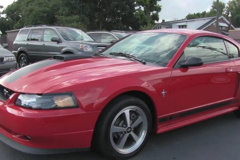 Video: Detailed Look At A 2003 Ford Mustang Mach 1