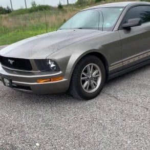 Video: 2005 Ford Mustang V6 Full Tour