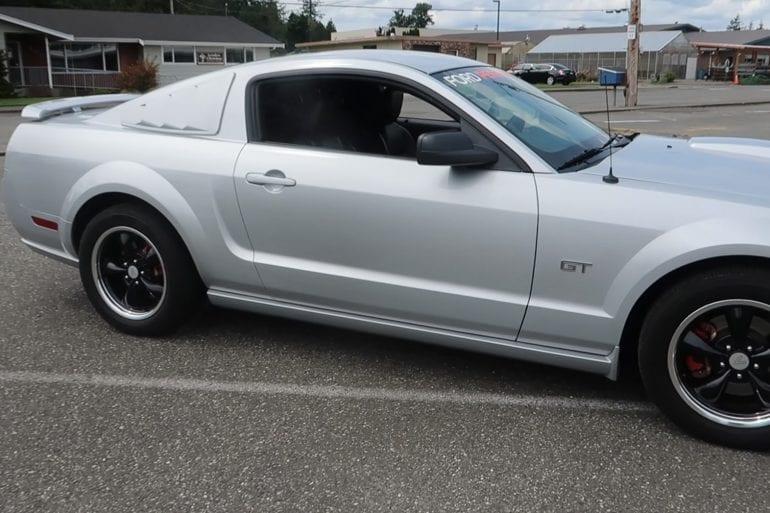 Video: 2006 Ford Mustang GT Premium Full Tour
