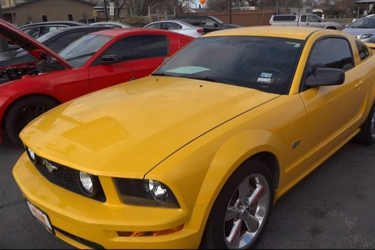 Video: 2006 Ford Mustang GT In-Depth Tour