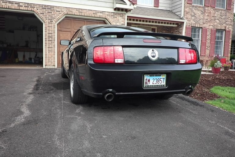 Video: 2006 Ford Mustang GT Exhaust Sound