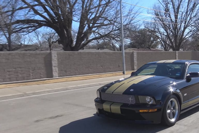 Video: 2006 Ford Mustang Shelby GT Hertz Quick Tour