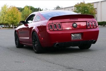 Video: 2009 Ford Mustang GT Exhaust Sound