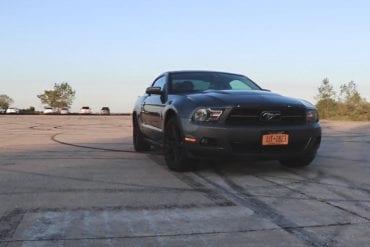 Video: 2010 Ford Mustang V6 Premium Full Walkthrough