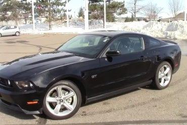 Video: 2010 Ford Mustang GT 4.6L V8 Walkaround