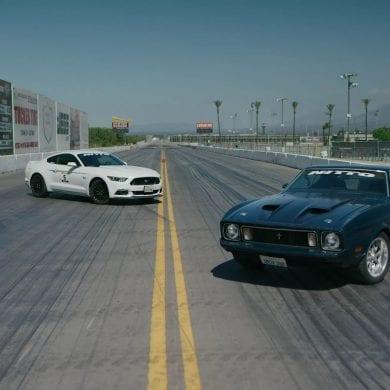 Video: 1973 Mustang Mach 1 vs 2016 Mustang GT Drag Race