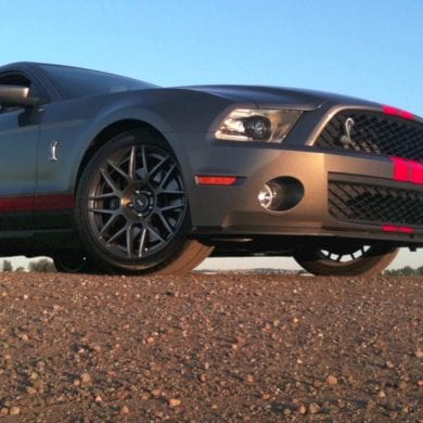 Video: 2011 Ford Mustang Shelby GT500 Insane Pulls