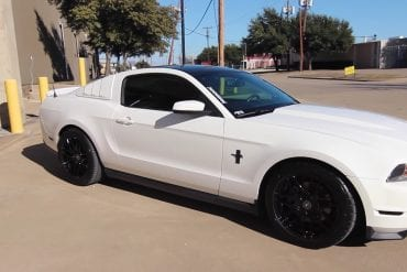 Video: 2012 Ford Mustang V6 Review