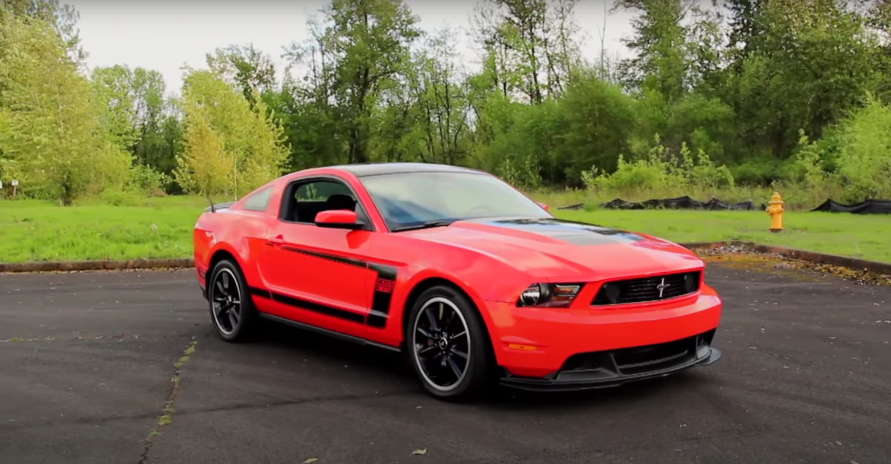 Video: 2012 Ford Mustang BOSS 302 Muscle Car