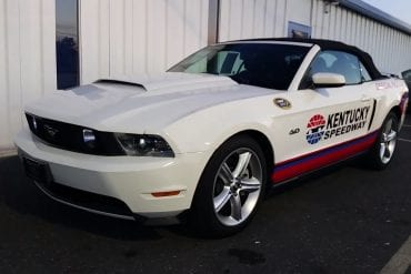 Video: 2012 Ford Mustang Kentucky Speedway Pace Car Walkaround