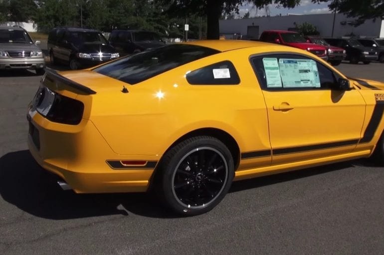 Video: 2013 Ford Mustang Boss 302 Walkaround