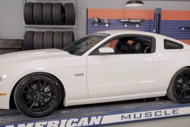 Video: 2013 Ford Mustang Cobra Jet Manifold Install & Testing