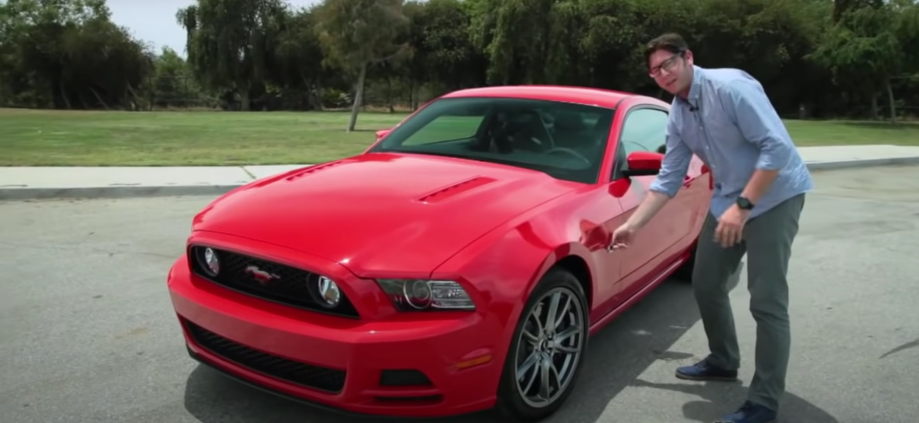 Video: 2014 Ford Mustang GT Review