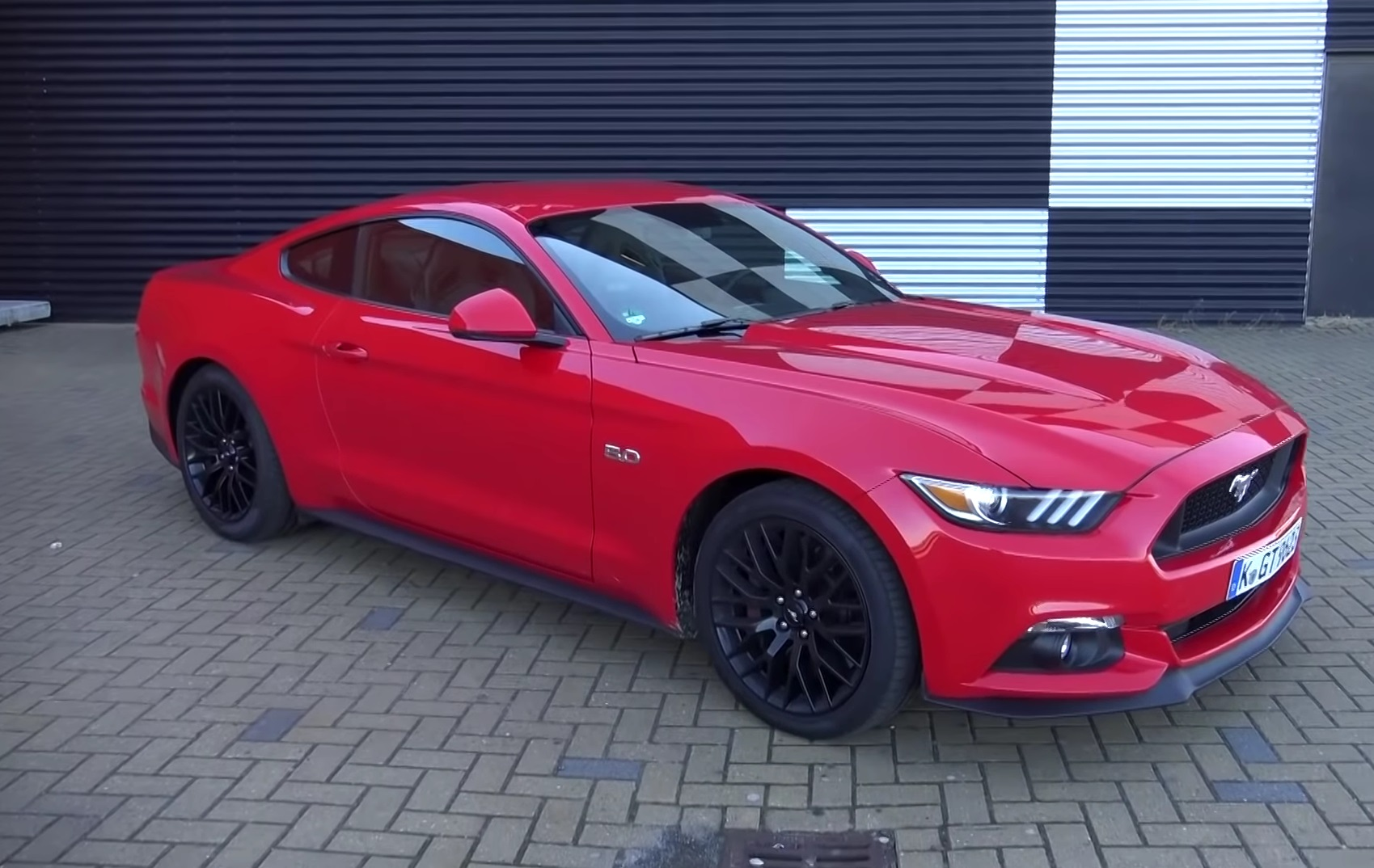 Video: 2015 Ford Mustang V8 - Tour, Test Drive and Thoughts