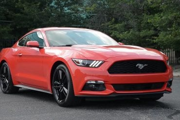 Video: 2015 Ford Mustang Ecoboost (Manual) - WR TV Extended POV Test Drive